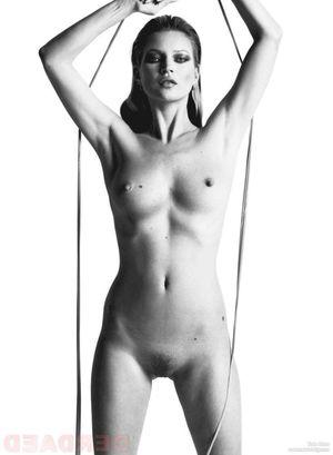 Kate nackt Campbell Kat Dennings