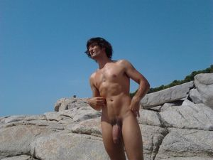 gay nudist