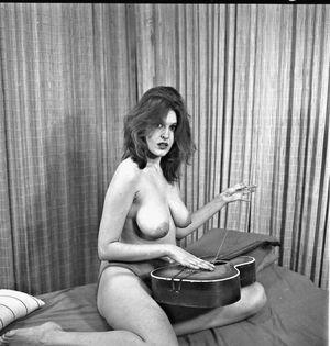 Nackt  Michèle Mercier Michèle Mercier