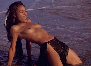 Naked vanessa williams Vanessa Williams