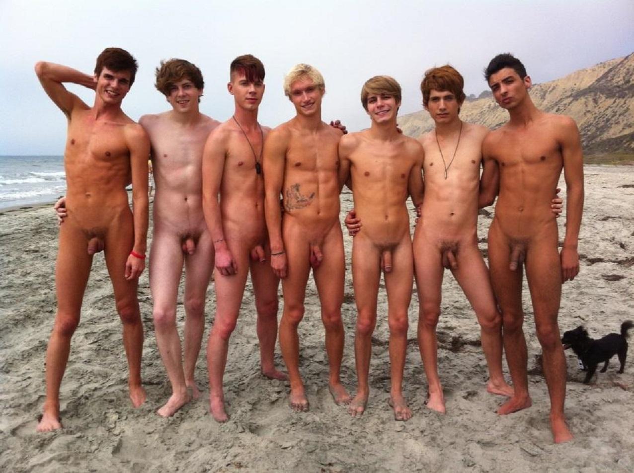 Nudist gay boy sorgusuna uygun resimleri bedava indir