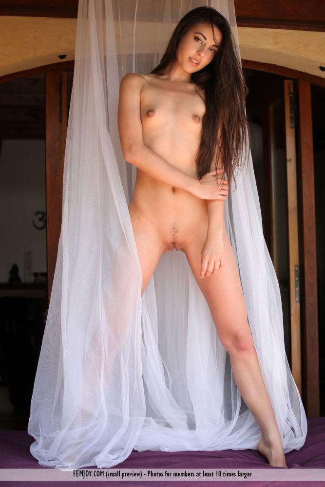 Pure Joy - Lorena G - Femjoy